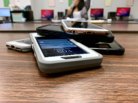 Teachers, students on classroom distractions